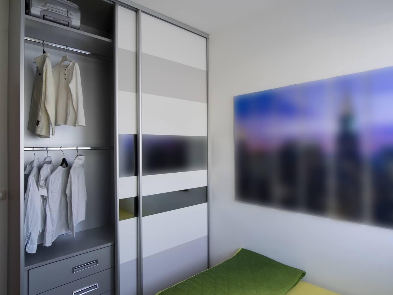 Drzwi przesuwne do szafy na wymiar w stylu gradientu