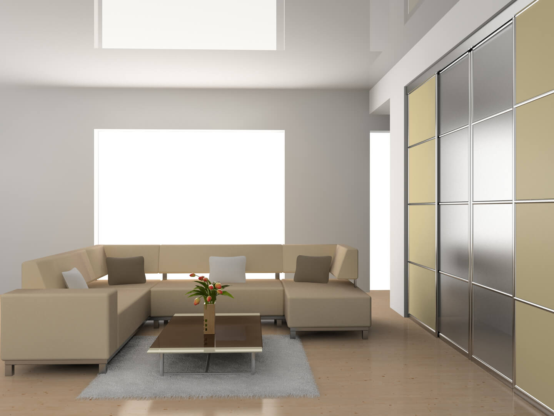 Beżowo-srebrna szafa na wymiar z drzwiami przesuwnymi w salonie