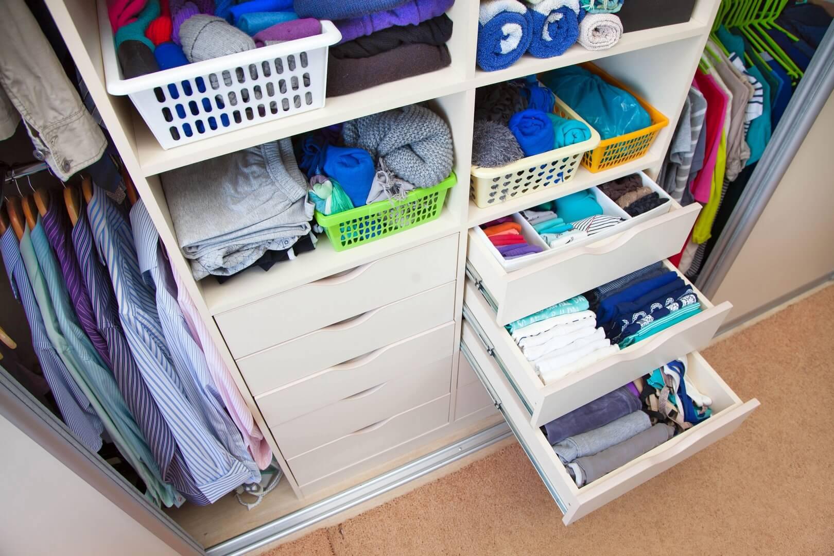 Wyposażone szuflady do szaf indeco i akcesoria